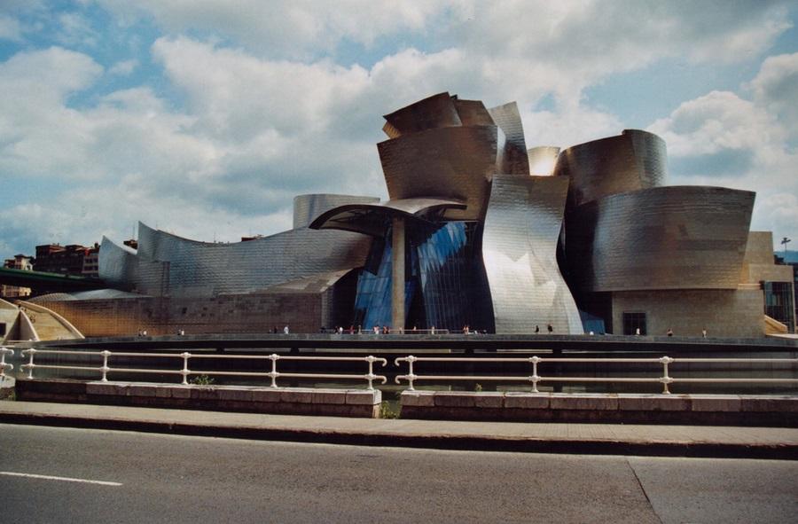 Музей Гугген хайма в Бильбао