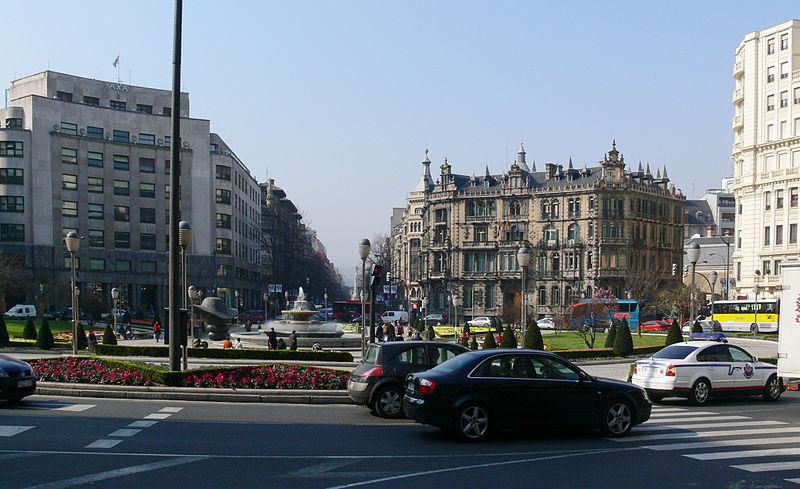 Площадь Moyúa в Бильбао