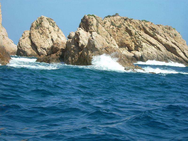 Скалы в Тосса-де-Мар