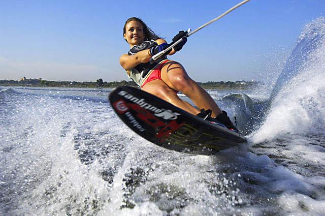 Можно кататься на водных лыжах