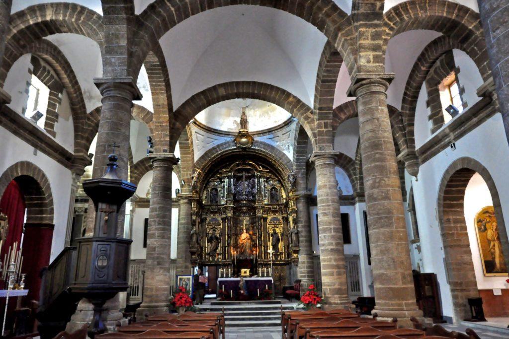 Церковь Санта-Круз, изнутри