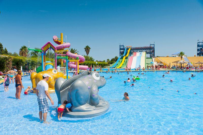 Курорт Ареналь - Большой аквапарк курорта