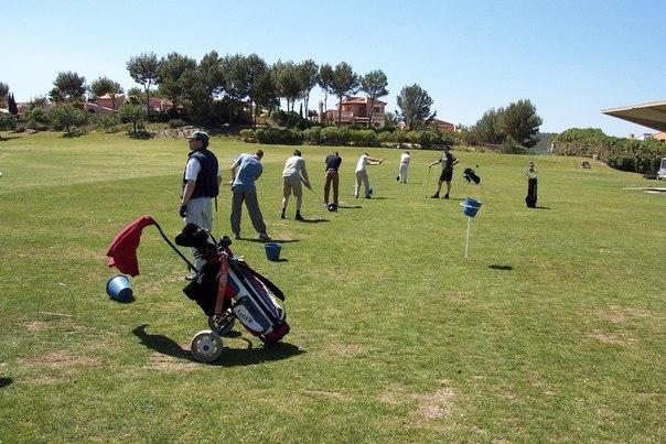 Отличный гольф клуб