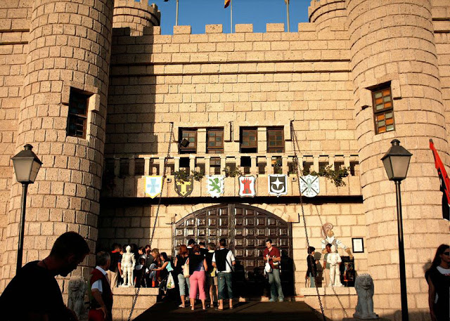 Рыцарский турнир (Castillo San Miguel)