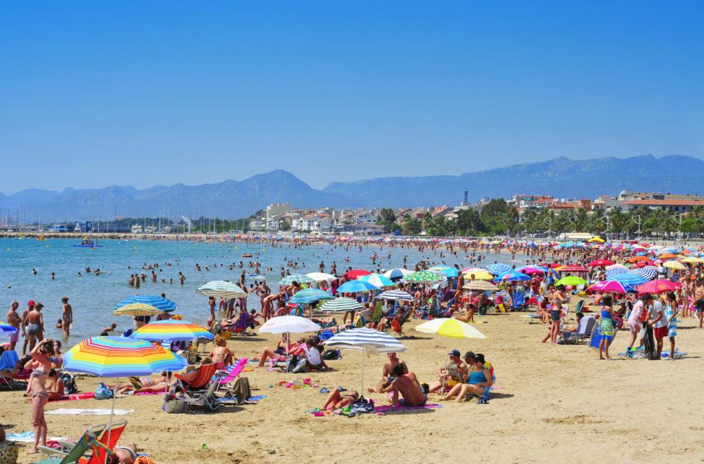 пляж Камбрильс Коста-Дорада Испания