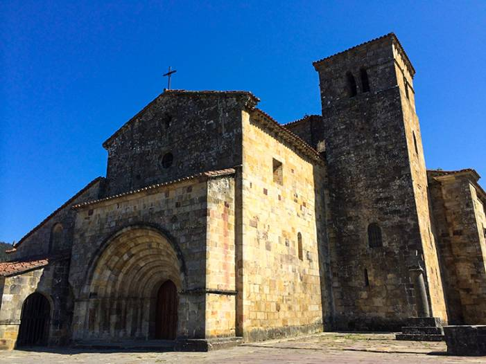 Церкви Кантабрии