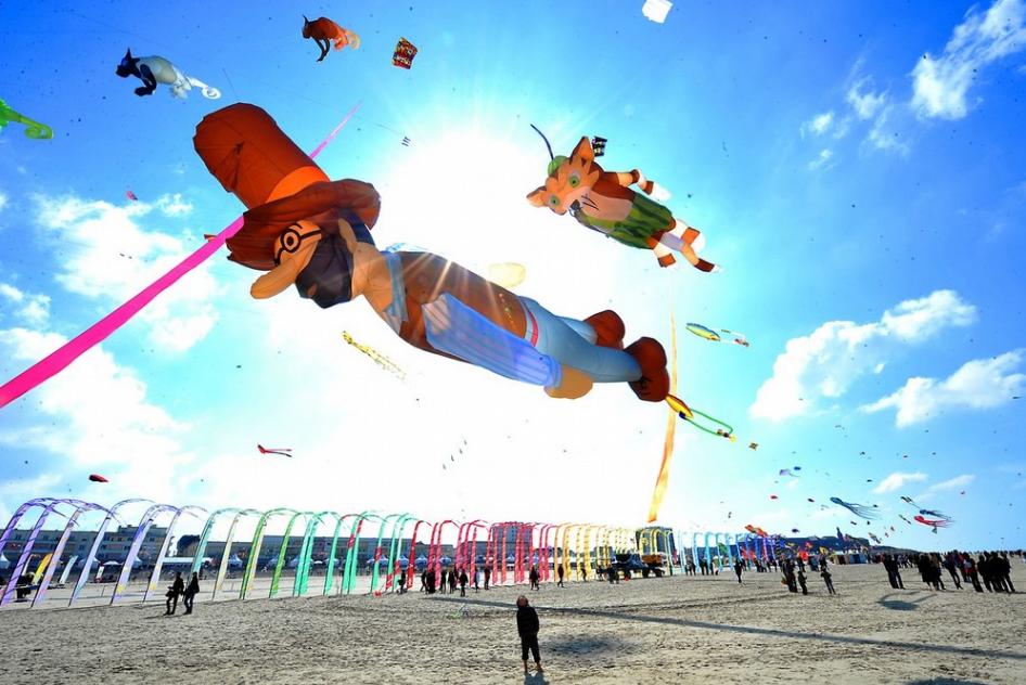 Международный фестиваль воздушных змеев Берк-сюр-Мер во Франции