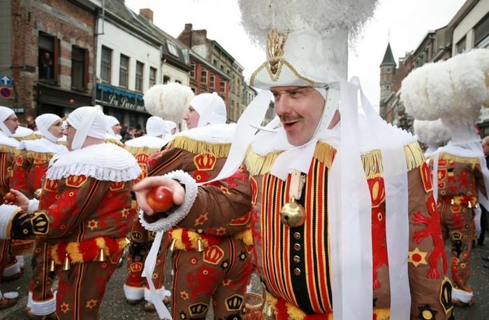 Карнавал Бинше, Бельгия