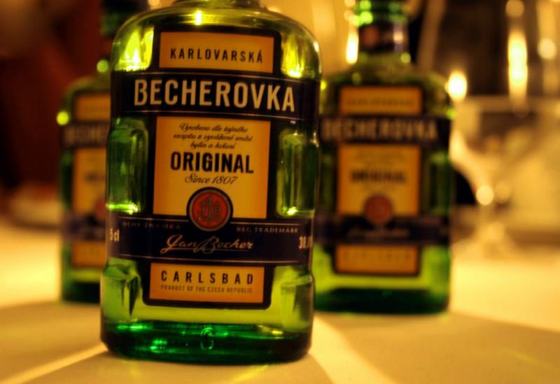 Чешская Бехеровка - лучший сувенир из Праги