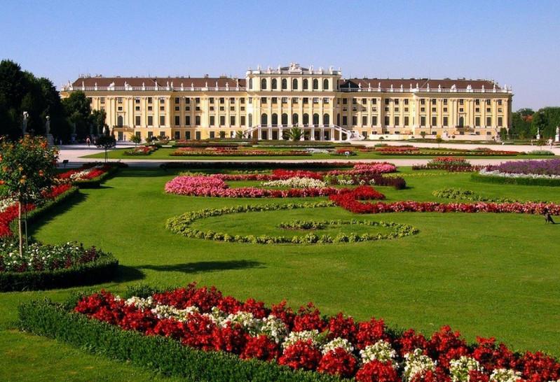 Резиденция императора Шенбурн