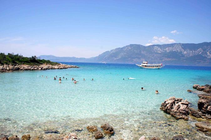 Пляж на острове Клеопатры