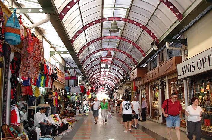 Один из местных рынков Grand Bazaar
