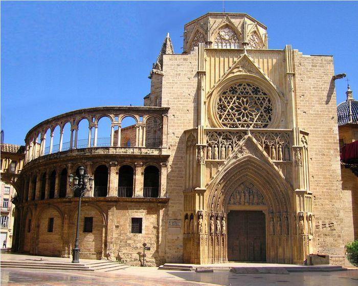 Кафедральный собор Валенсии XIII века
