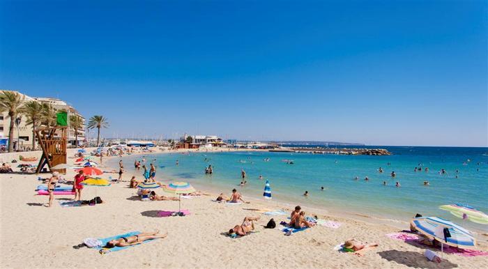 Пляж Кала Эстанция