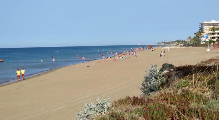 """Пляж """"Лес Боветес"""""""