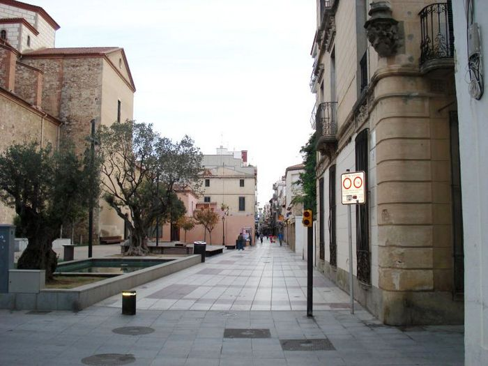 Улица Каррер Эсглесия