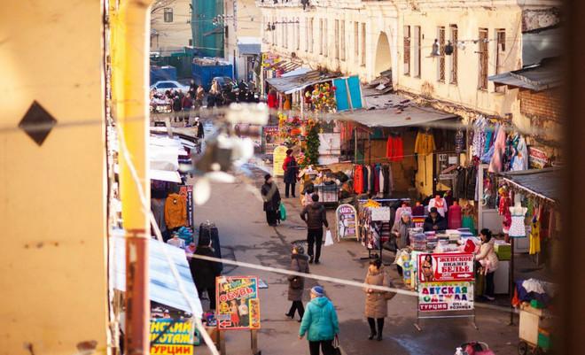 Рынок «Апраксин Двор».