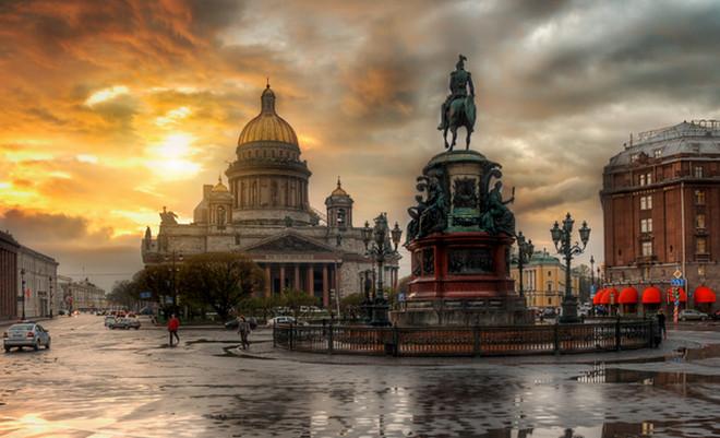 Дождь в Санкт-Петербург