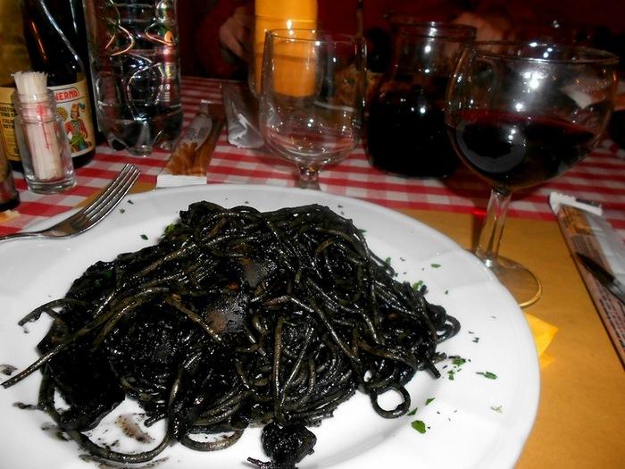Венецианская паста с чернилами каракатицы