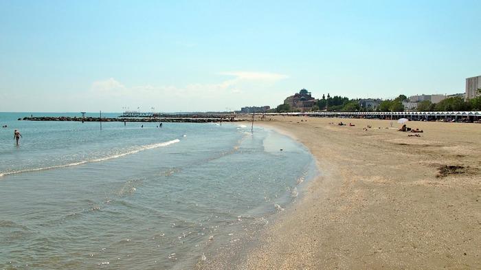 Пляжи Лидо