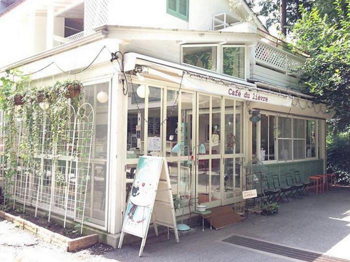 Кафе «Cafe du Lievre»Кафе «Cafe du Lievre»