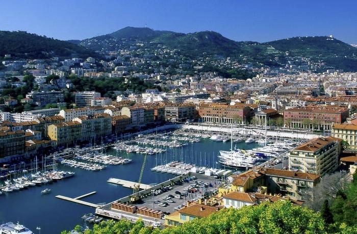 Марсель – крупный город-курорт Франции