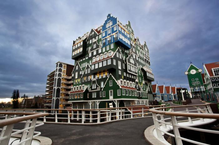 Необычный отель в Амстердаме