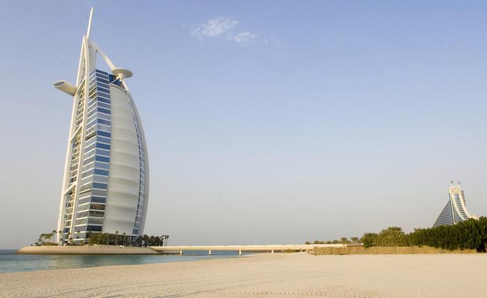 Отель-парус «Бурдж-эль-Араб»