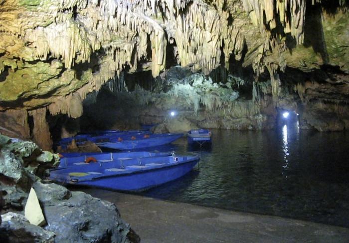 Пещера Диру