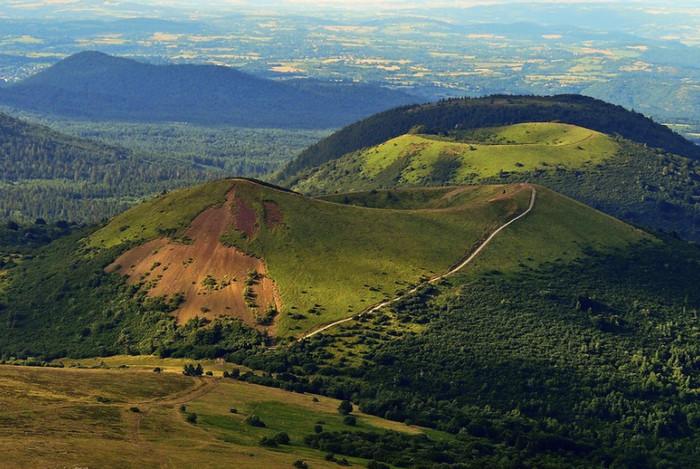 Региональный природный парк вулканов Оверни