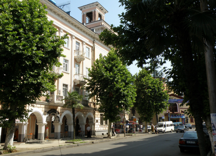 Улица Горгиладзе