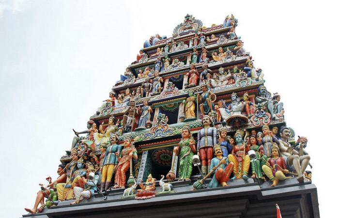 Храм Шри-Мариамман