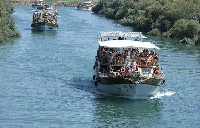 Путешествие на яхте по реке Манавгат