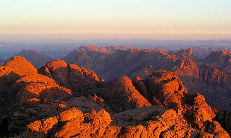 Гора Моисея Джебель-Муса