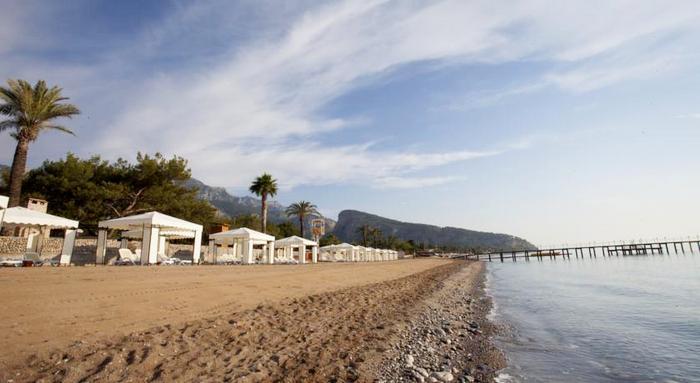 Пляж отеля Rixos