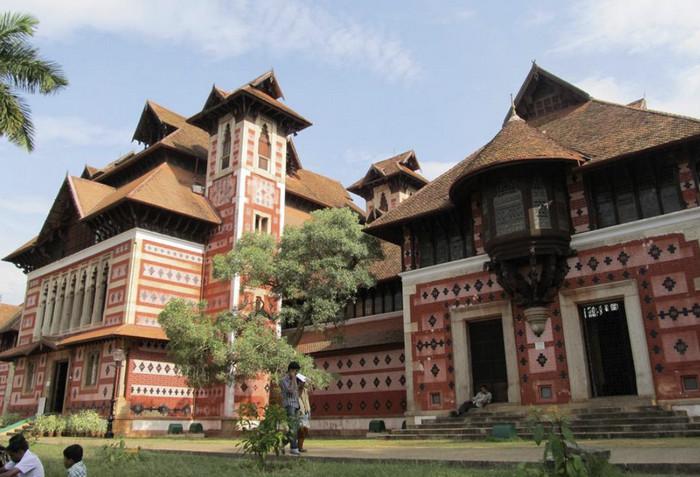 Нэйпиар музей, Тривандрам