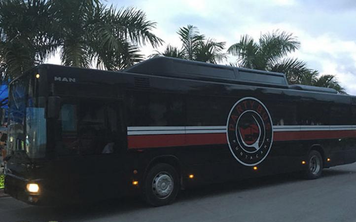 Автобус для вечеринок Party Bus Punta Cana