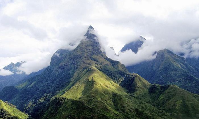 Гора Фансипан