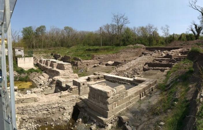 Городище Акве Калиде