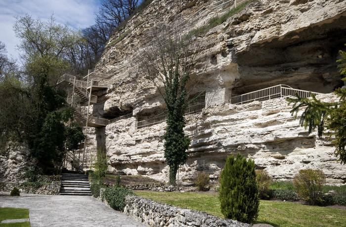 Монастырь Аладжа