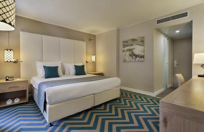 Номер в отеле Oasis Dead Sea Hotel