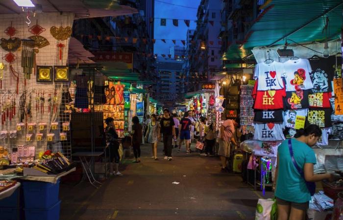 Ночной рынок Темпл-стрит