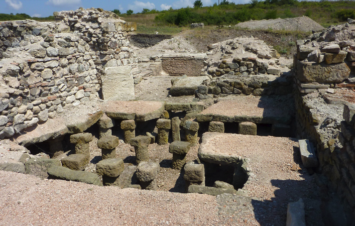 Руины крепости Русокастро