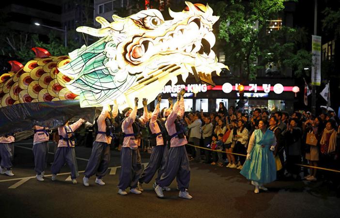 Фестиваль Дня Рождения Будды
