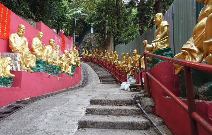 Храм 10 000 Будд