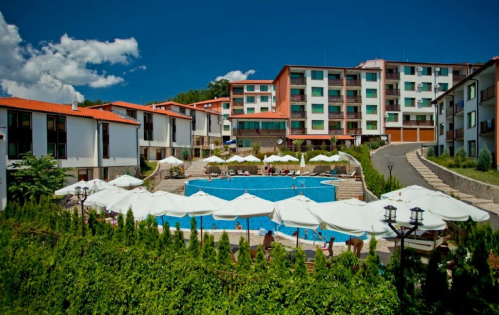 Arkutino Family Resort 4*