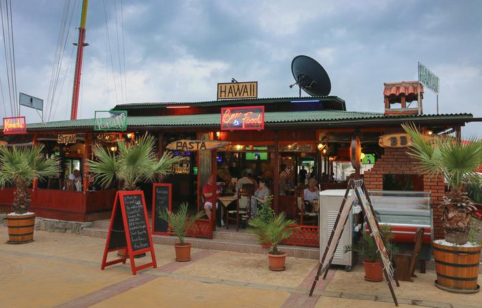 Hawaii Restaurant and bar Sunny Beach