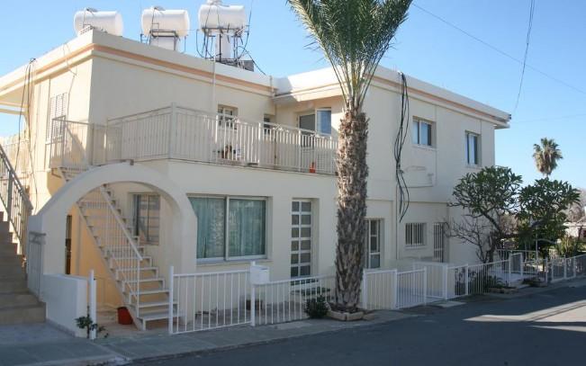 Niki Court Holiday Apartments