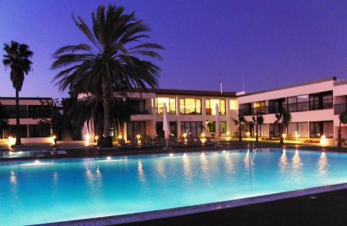 Royal Blue Hotel & Spa