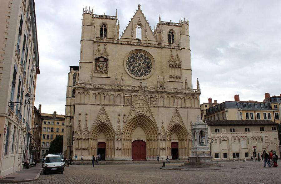 Собор Сен-Жан